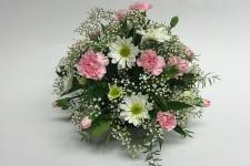 floral-carnation-chrysanthemum-bouquet