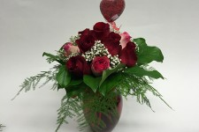 floral-rose-with-vase